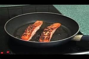 Tiefkühl Lachs Zubereiten : video lachs in der pfanne zubereiten ~ Markanthonyermac.com Haus und Dekorationen