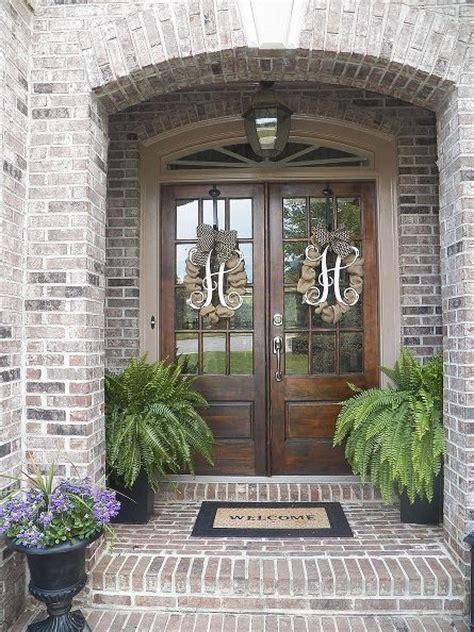 decorate  front door pursuit  functional home