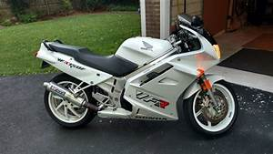 Honda Vfr 750 : vfr very f 39 n reliable 1993 honda vfr750 in white rare ~ Farleysfitness.com Idées de Décoration