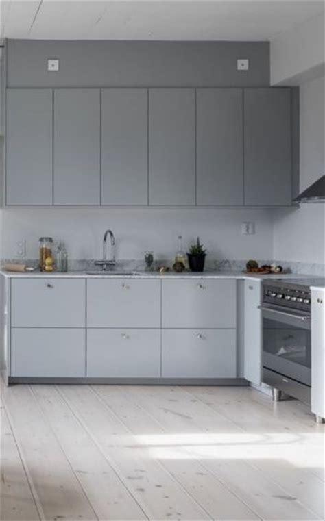 Best 20  Light grey kitchens ideas on Pinterest