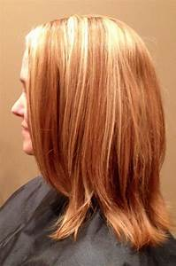 Blonde highlights in natural strawberry blonde hair ...