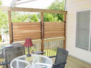 diy simple louvered privacy fence for deck patio in your With simple and easy backyard privacy ideas