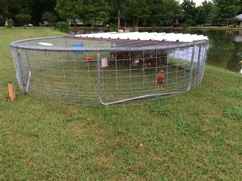 Pvc Boden Coop by Create Chicken Coop From An Troline Frame