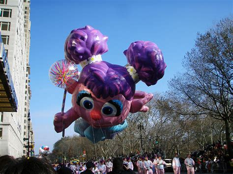 tips  viewing  macys thanksgiving day parade