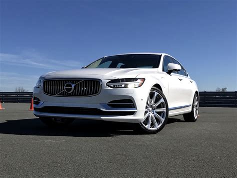 outstanding luxury  volvo   awd inscription test