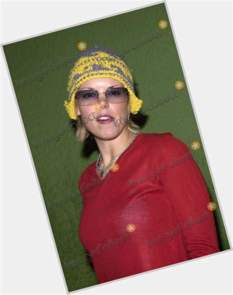actress sarah jane potts sarah jane potts s birthday celebration happybday to