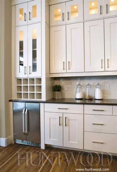 Kitchen Cabinets With Glasses by White Shaker Cabinets With Top Cabinets Glass Doors