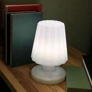 Lampe Sans Fil Deco : lampe d 39 ext rieur sans fil damen mini lux et d co lampe led sans fil ~ Teatrodelosmanantiales.com Idées de Décoration