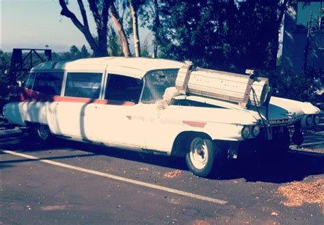 fans   preserve dilapidated ghostbusters car