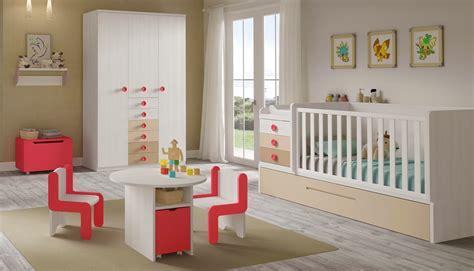 chambre bebe evolutive complete chambre bebe complete évolutif bc30 et lit cigogne