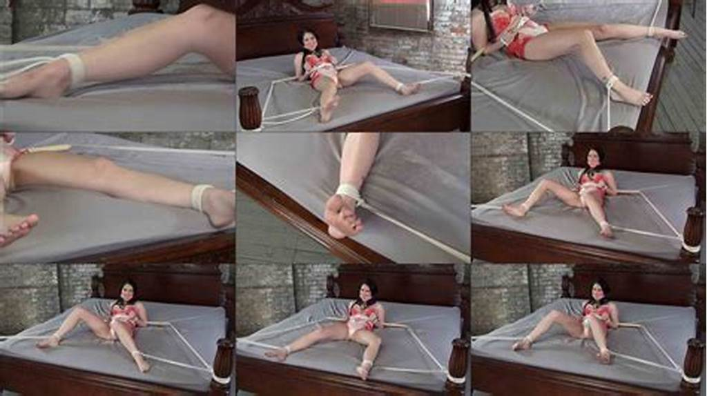 #Pink #Cleave #Gag #Gianna #Love #Leaning #On #The #Spreader
