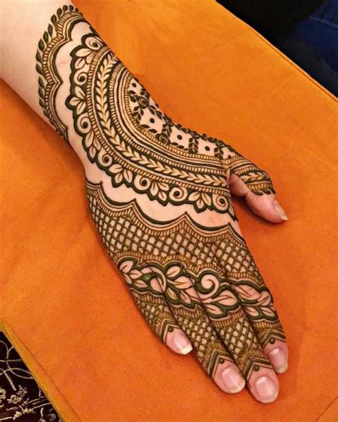 simple mehndi designs  left   hands
