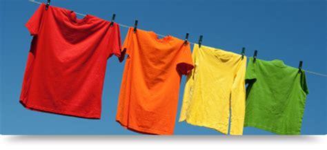 entretien du linge de couleur avec la lessive le chat