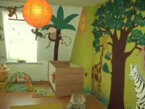 kinderzimmer dschungel die 25 besten ideen zu dschungel kinderzimmer auf dschungel kinderzimmer und safari