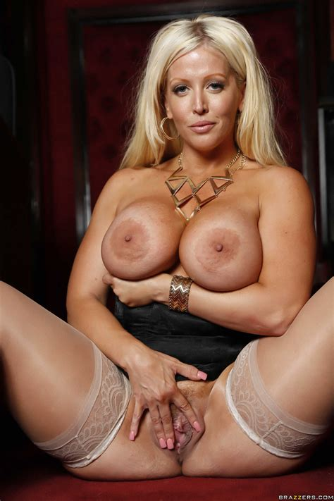 Hot Blonde Milf Is Getting Nailed Photos Alura Jenson