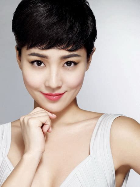 korean short hairstyle  women