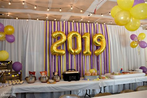 Start graduation party planning like a pro today! Graduation Party Ideas   Garage Party - A Wonderful Thought