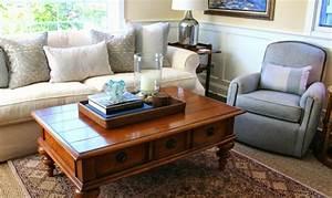 le tapis jonc de mer pour le salon classique en 60 belles With tapis jonc de mer avec canapé marocain moderne pas cher