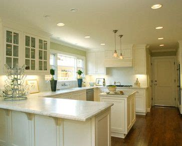 Kitchen Island Sink Position by U Shaped Kitchen With Island Design Ideas Pictures