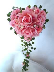roses bouquet bouquet de mariée en forme de coeur perle fleur