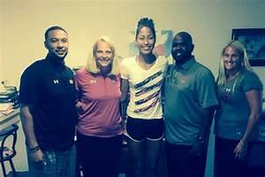Shakira Austin commits to Maryland women's basketball ...