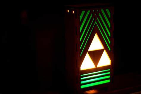 legend  zelda triforce table lamp gadgetsin