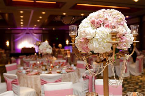 Inspiration: Elegant Pink and Gold Wedding Decor