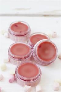 Lippenbalsam Selber Machen : diy lippenbalsam aus sheabutter selber machen tolle geschenkidee ~ Eleganceandgraceweddings.com Haus und Dekorationen