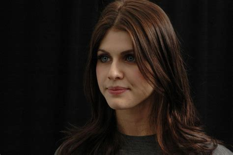 beautiful alexandra daddario  hd wallpapers  hd
