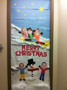 1000 images about Christmas door decoration on Pinterest