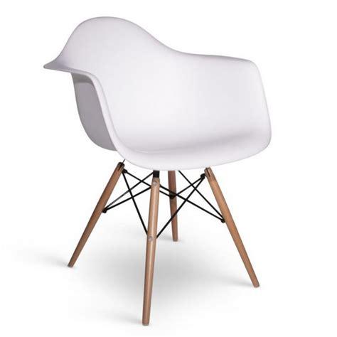 chaise de designer chaise eames daw style meubles design chaises design