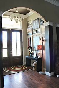 how to decorate foyer How to Decorate Your Front Entryway