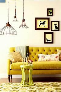 1001 idees deco pour illuminer l39interieur avec la With tapis jaune avec canape charme d interieur