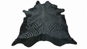 tapis peau de vache impression zebre zibri decorez avec With tapis peau de vache avec canapé moelleux convertible