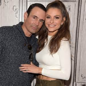 menounos engagement ring menounos popsugar