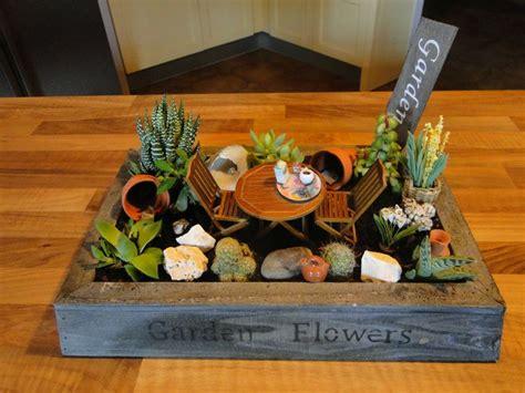 composition de cact 233 es am 233 nag 233 es en jardin miniature la maison de bois