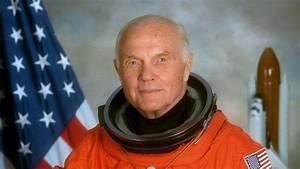 "Legendary Astronaut & First Man To Orbit Earth ""John Glenn ..."