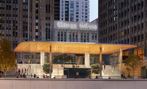 apple s town square retail concept opens in chicago archdaily