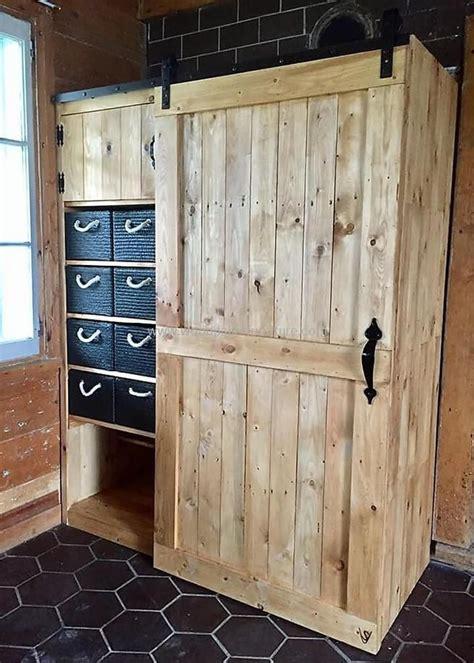 recycled pallets closet palet bricolaje armario de