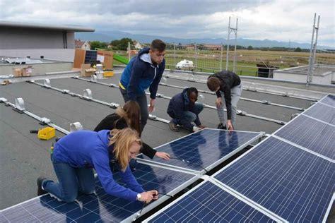 le solaire a poser haut rhin des lyc 233 ens construisent une centrale solaire 224 c 244 t 233 de fessenheim