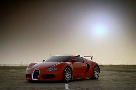 Well, okay, maybe we can think of a couple of things that are more visually stimulating, but hey. McLaren F1 v.s Bugatti Veyron