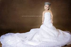 Daughters in their mothers wedding dresses for Dresses for 12 year olds for a wedding