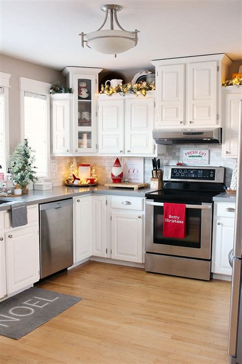 christmas kitchen decor clean  scentsible