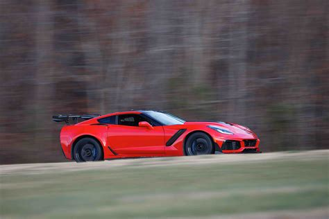 Fastest Production by 2019 Corvette Zr1 Becomes Fastest Production Car At Vir