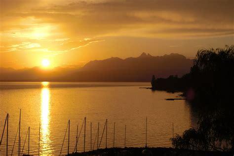 lake geneva lake leman    biggest lakes  europe