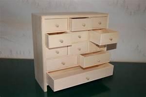 Rangement Tiroir Bois : petit meuble de rangement 12 tiroirs en bois ~ Edinachiropracticcenter.com Idées de Décoration