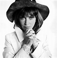 Lee Grant on aging, relationships, and plastic surgery in ...