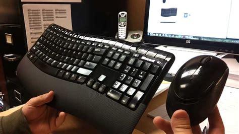 Wireless Comfort 5000 by Microsoft Wireless Comfort Desktop 5000 Keyboard Mouse