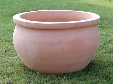 set de 3 pots boules en terre cuite naturelle destockage grossiste