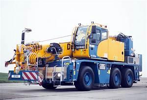 Terex Cranes Unveils Compact Demag Ac 45  U2018city U2019 Mobile